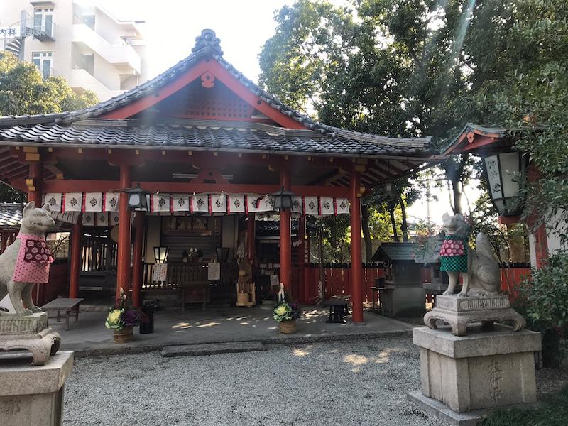 稲荷神社はしごしたら美しいおキツネ様がついてきた!